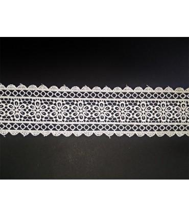 Dentelle de guipure - pièce largeur 5,5 cm - 5 couleurs - pièce de 8,5 mètres
